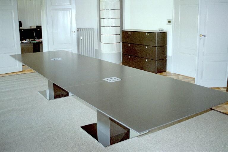 Konferenztisch1